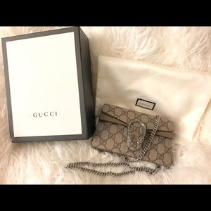 Gucci Mini crossbody (Dionysus GG Supreme)